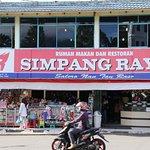 Foto Simpang Raya