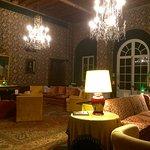 Elegant & relaxing sitting room