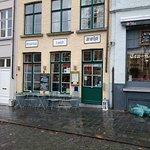 Photo de Breakfast Lunch Jan van Eyck