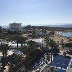 Anonymous Beach Hotel Foto