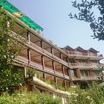 surabhi is one of the best hotel in manali