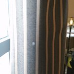 Stains in curtains.mancha en cortinas