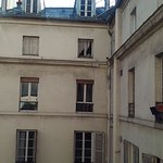 Photo de BEST WESTERN PREMIER Faubourg 88