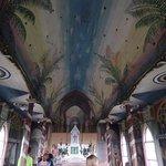 Foto Interna Painted Church