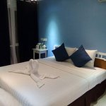 OUR NEWLY RENOVATED PREMIUM ROOM