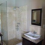 Standard room open shower to room