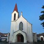 La iglesia por afuera