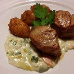 Schweinemedallions mit Kartoffelkrüstchen