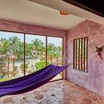 Villa Amethyst hammock