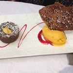 Moelleux au chocolat ganache exotique et son sorbet