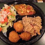 Small BBQ plate with Brunswick Stew and salad