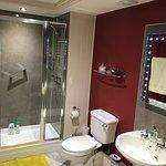 High standard of fittings in en suite bathroom