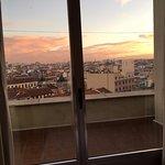 Photo de Tryp Madrid Plaza Espana Hotel