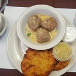 Lunch special: Meatballs and Potato Pancakes with applesauce and sour cream