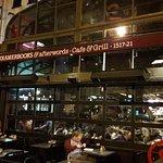 Photo de Kramerbooks & Afterwords Cafe