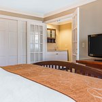 Photo of Comfort Suites- Norwich