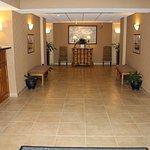 Holiday Inn Express Hotel & Suites Warrenton Foto