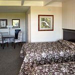 Photo of Rodeway Inn & Suites San Francisco