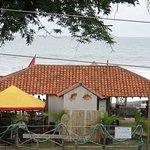 Olas Clandestinas Bar/Restaurant
