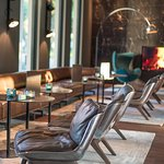 Motel One Hamburg Airport One Lounge