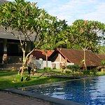 Hotel Bumi Aditya Foto