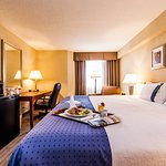 Foto de Holiday Inn Laval Montreal
