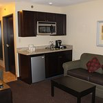 Photo de Holiday Inn Express & Suites Phoenix Tempe University