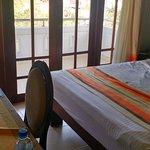 Serene Garden Hotel Foto