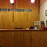 Photo de Mediterranean Barcelona Youth Hostel