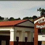 Photo de Ozark Regal Hotel