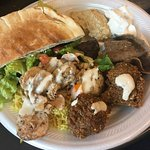 Amazing food that's full of flavor! The falafel was my favorite.