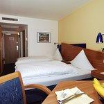 Guestroom A1Q 1