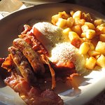 Mmmmm, sausage & bacon. Home fries were so-so.