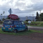 Foto de macky's kahuku sweet shrimp truck