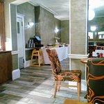 Foto de The Oaklands Hotel
