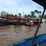 別の船着場と渡し舟