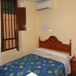 Photo de Hostal Zacatin