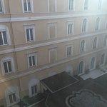 Photo de The St. Regis Rome