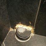 réparation d'une canalisation dans les wc : ni fait, ni à faire !