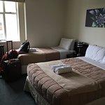 Photo de Hotel Waterloo & Backpackers
