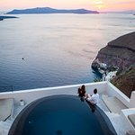 Porto Fira Suites Photo