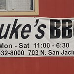 Duke's Bar-b-Que