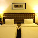 21-38-10-hotel-anand-regency-yanam-ac9a2482-82134397086-jpeg-g_large.jpg