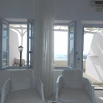 No need for A/C!!! Enjoy Santorini sea breeze!!!