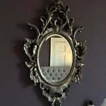 Lovely mirroring room.