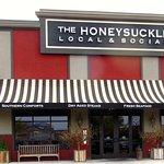 The Honeysuckleの写真