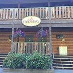 Windsong Lodge