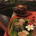 Tirta Sari Restaurant Foto