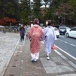 神橋には和服姿が似合います。