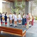 剛好遇上很多西方人在這辦泰式婚禮